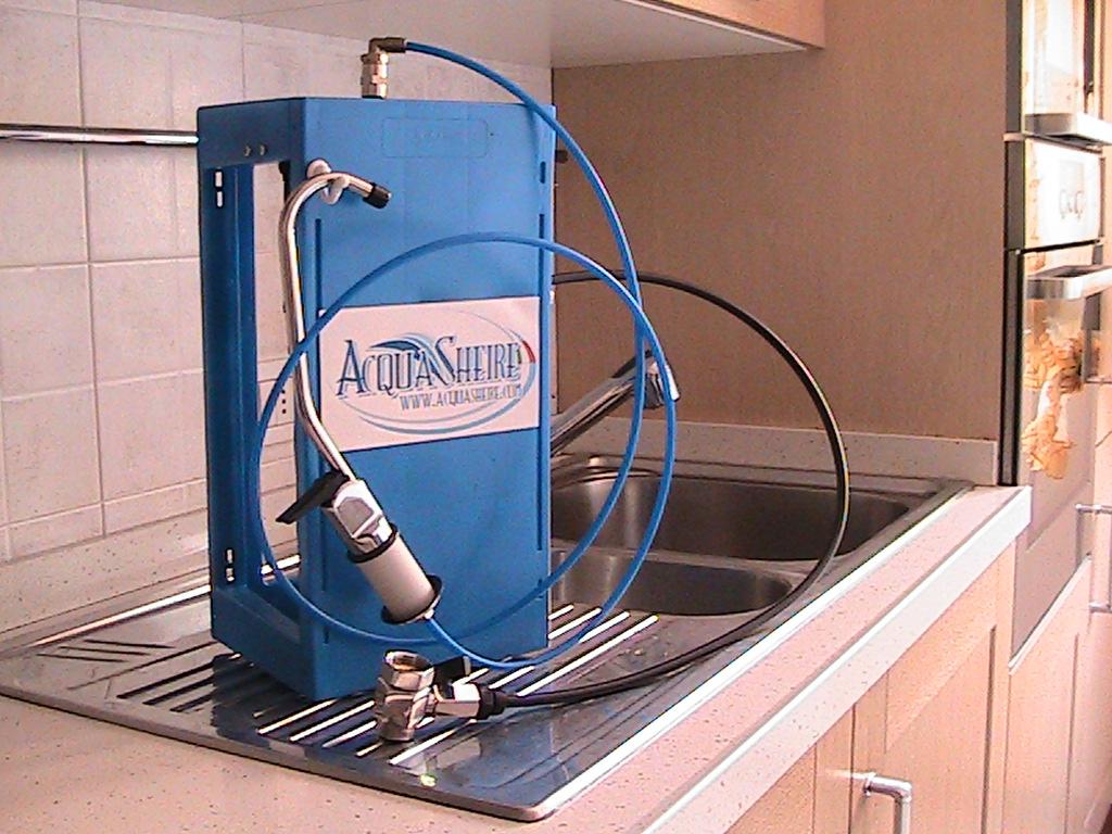 Casa case casalingo domestico depuratore acqua depuratori - Impianto acqua casa ...